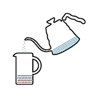 Kaffee und heißes Wasser einfüllen, ziehen lassen